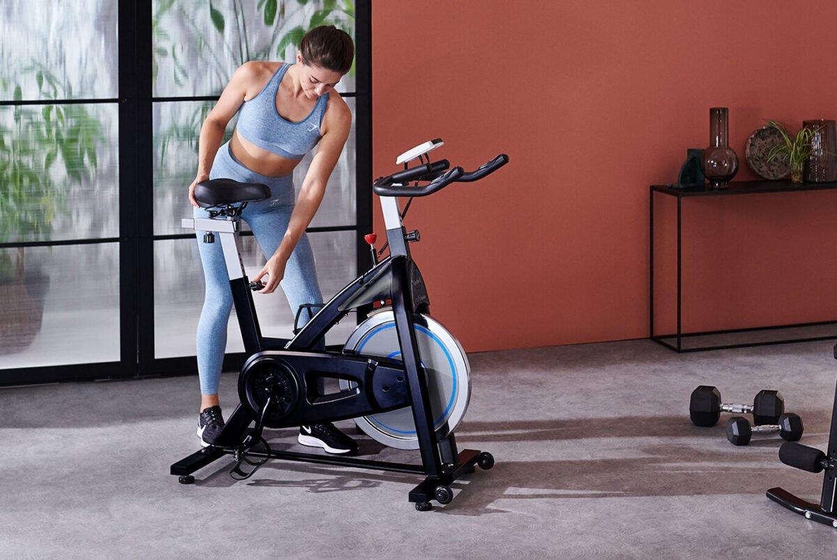 Fitness women JTX Cyclo 3 Indoor Racer Bike