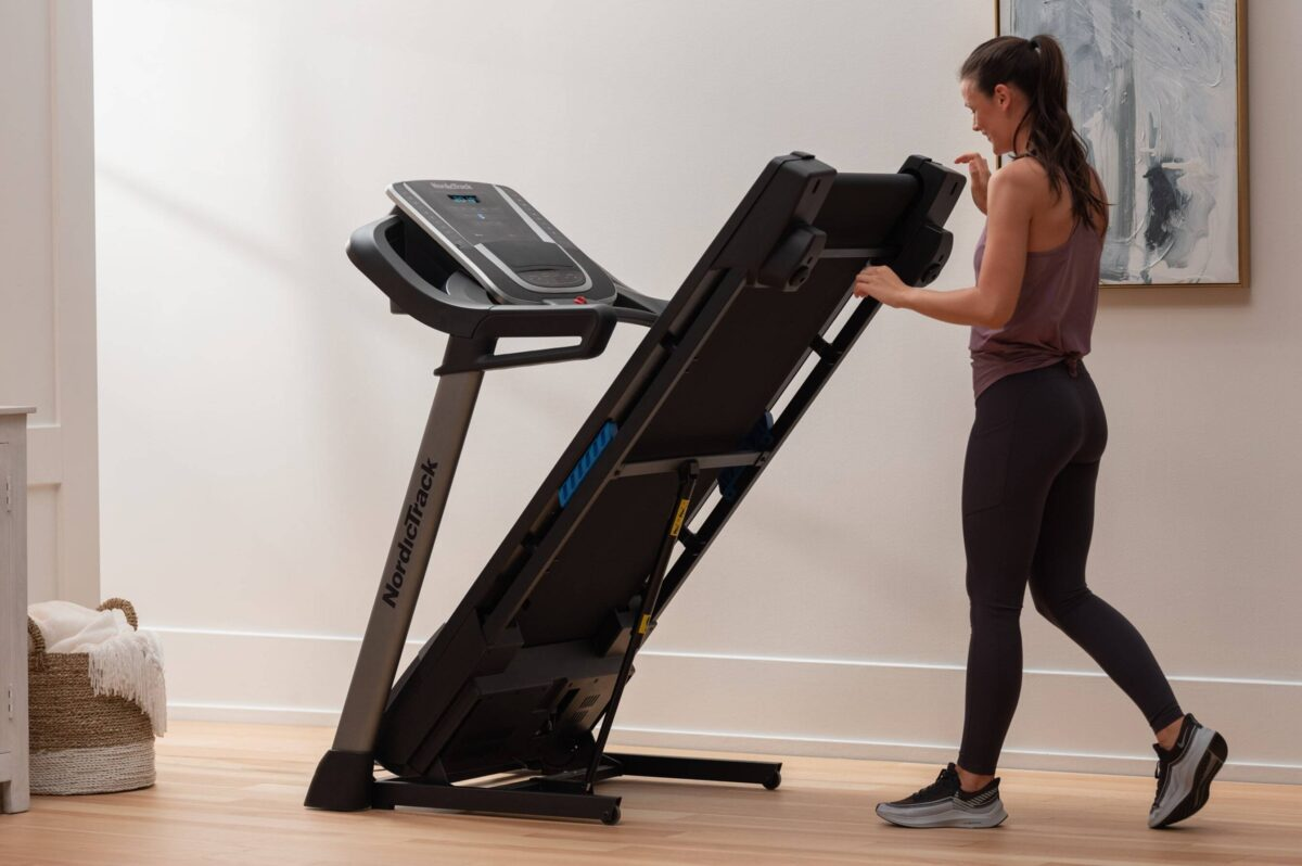Fold away treadmill NordicTrack S 20i for storage