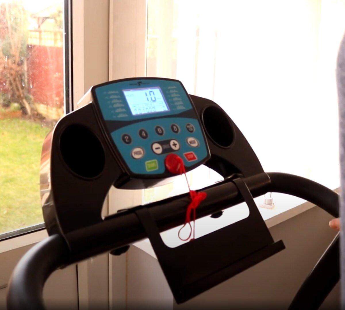 Nero Sports Treadmill with Bluetooth ready to run