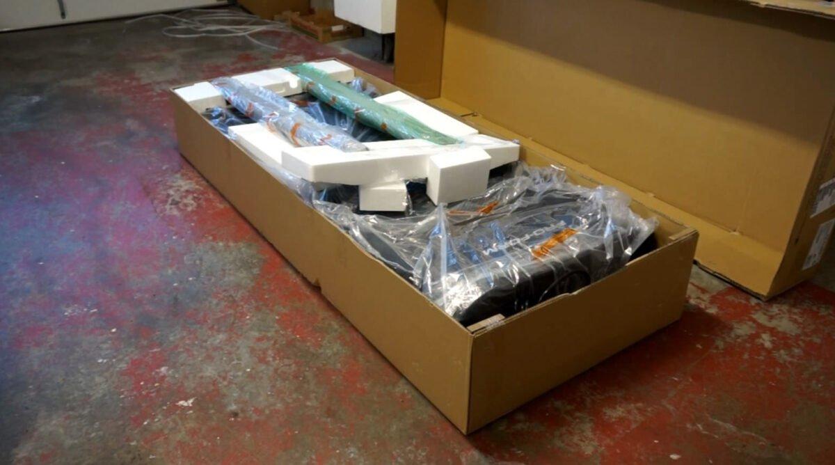 ProForm Performance 375i Unboxing Parts