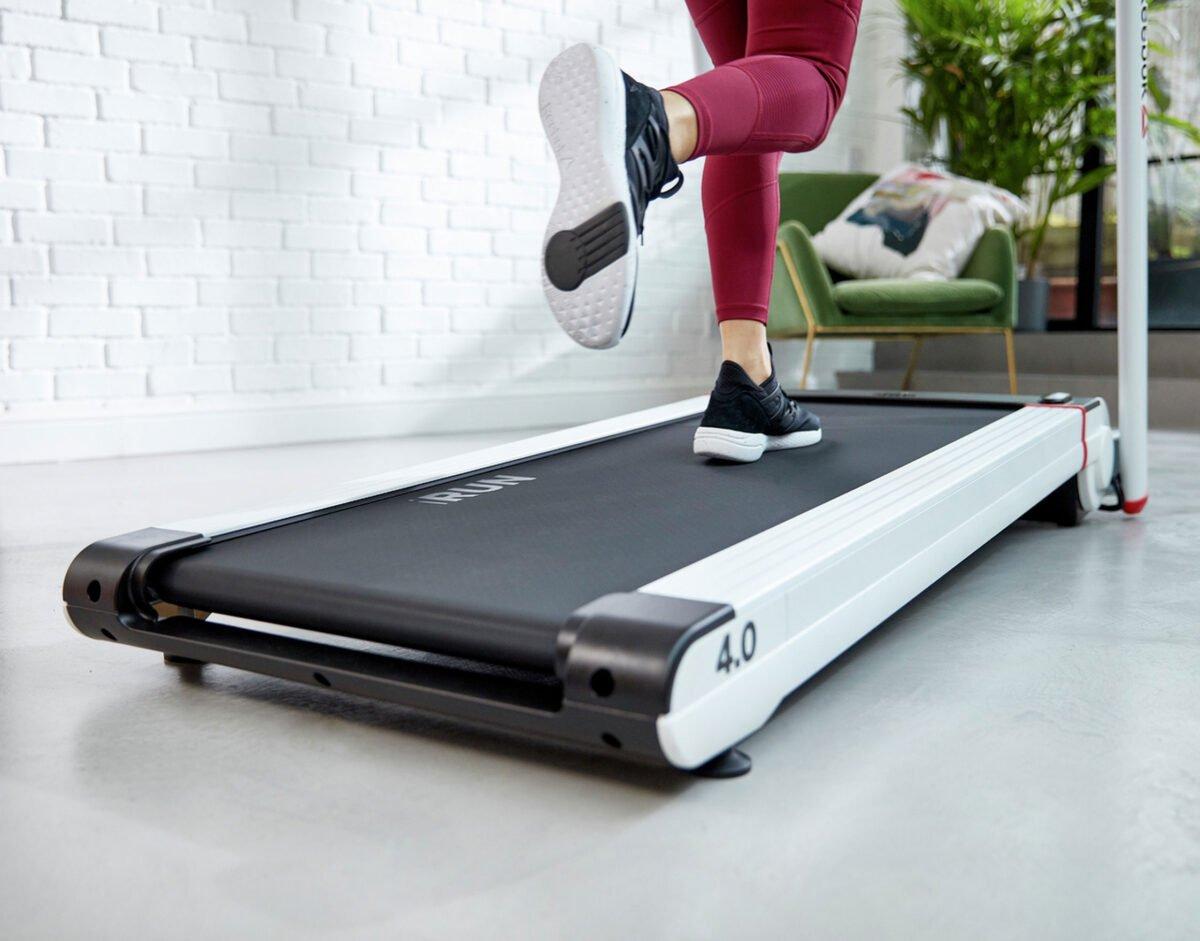 Running track of the Reebok I Run 4.0 Treadmill