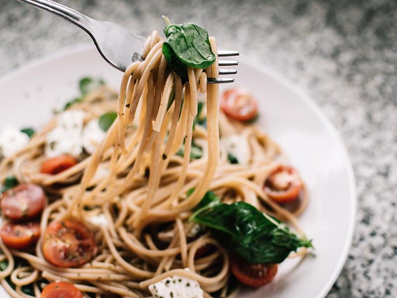 healthy eating wholegrain and high fibre balanced meal
