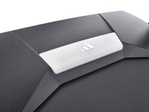 Adidas T-16 running track