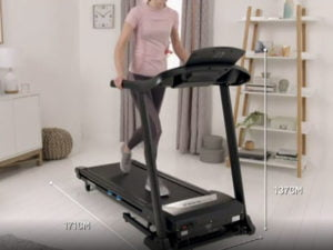 Women using the Rogere Black Platinum treadmill to keep fit